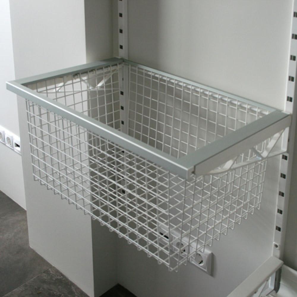 Висувний металевий кошик для гардеробної
